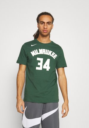 NBA GIANNIS ANTETOKOUNMPO MILWAUKEE BUCKS NAME NUMBER TEE - Club wear - fir