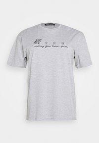 CAPSULE by Simply Be - SLOGAN T-SHIRT - Print T-shirt - grey - 4