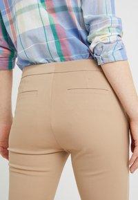 Lauren Ralph Lauren - LYCETTE PANT - Trousers - birch tan - 3