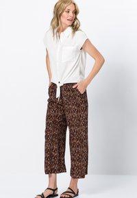 zero - Button-down blouse - offwhite - 1