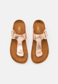 ONLY SHOES - ONLMATHILDA METALLIC TOE SPLIT - T-bar sandals - rose gold - 5