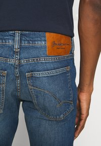 Baldessarini - JOHN - Slim fit jeans - blue - 5