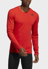 adidas Performance - TECHFIT COMPRESSION LONG-SLEEVE TOP - T-shirt à manches longues - red - 2