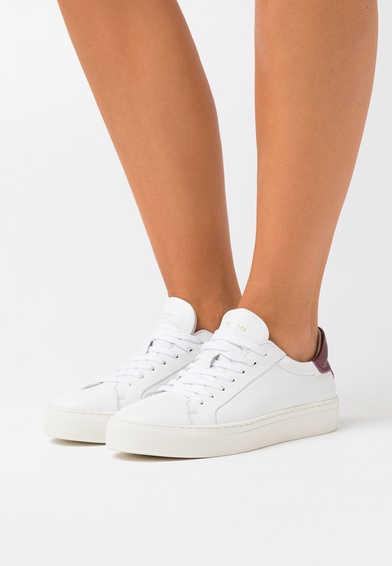 Selected Femme - SLFDONNA CONTRAST TRAINER  - Trainers - winetasting