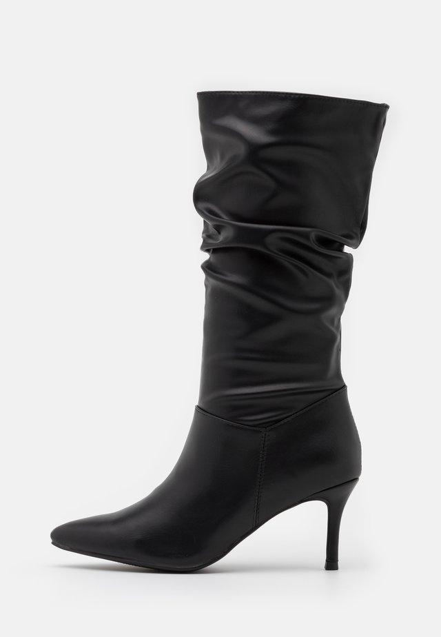 RAELLE - Vysoká obuv - black