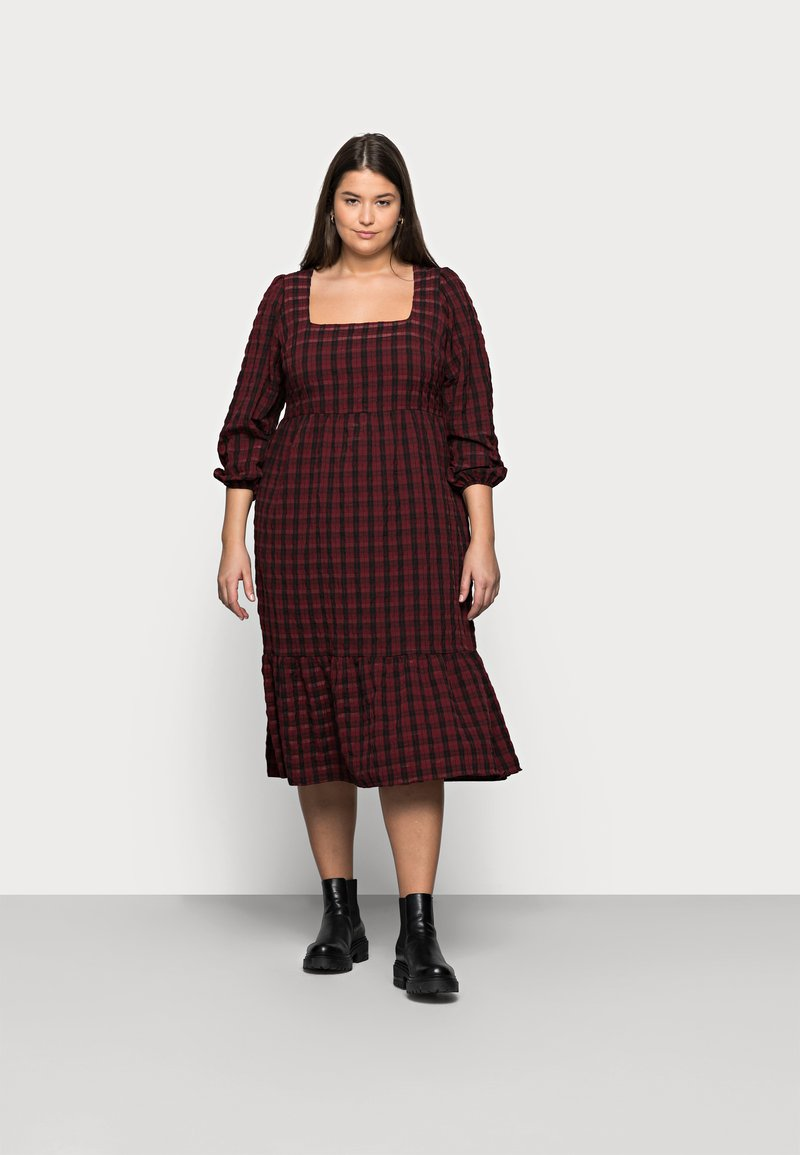 New Look Curves - CHECK SEERSUCKER SMOCK - Day dress - red