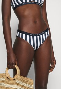 Tommy Hilfiger - CORE SOLID CLASSIC - Bikini bottoms - blue - 3