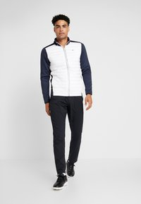 Calvin Klein Golf - HYBRID JACKET - Outdoor jakke - navy/white - 1