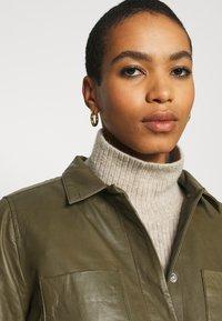 Soft Rebels - SRMATHILDA JACKET - Leather jacket - dark olive - 3
