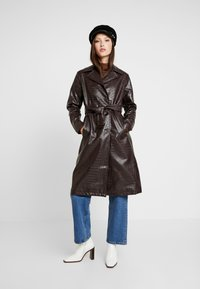 Dorothy Perkins - CROC - Trench - choc - 1