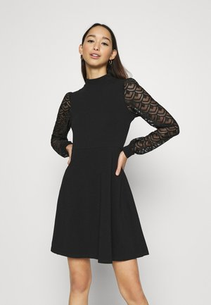 ONLMILLE LIFE - Jersey dress - black