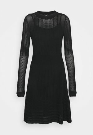 JOYCE DRESS 2-IN-1 - Stickad klänning - black