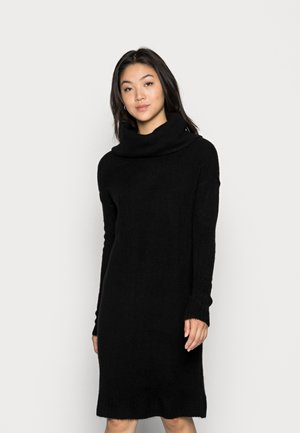 VMLUCI COWLNECK DRESS - Pletené šaty - black