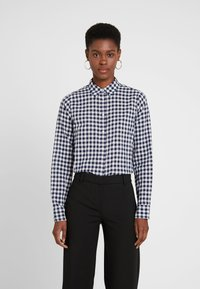 J.CREW TALL - CLASSIC FIT BOY IN CRINKLE GING - Button-down blouse - classic navy - 0