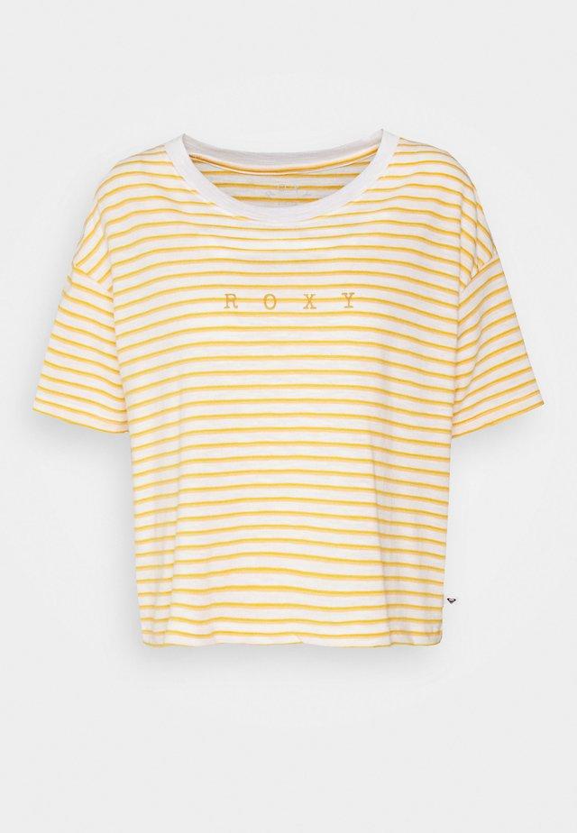 INFINITY IS BEAUTIFUL - Camiseta estampada - snow white