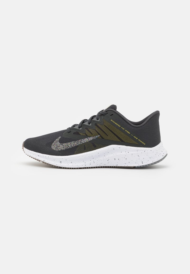 Nike Performance - QUEST 3 PRM - Neutral running shoes - dark smoke grey/wolf grey/high voltage/iron grey/light brown/white