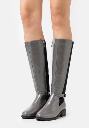 WIDE FIT - Klassiska stövlar - grey/black
