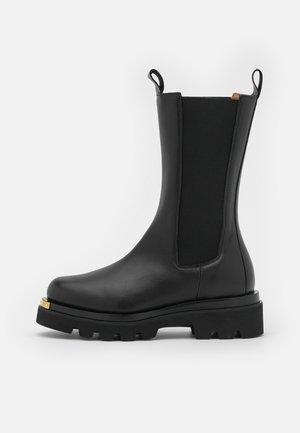 METAL - Platform boots - black