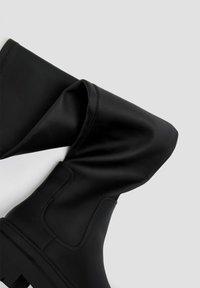 PULL&BEAR - Platform boots - black - 5