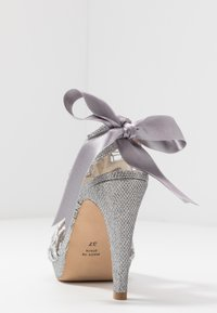 LAB - High heeled sandals - plata - 5