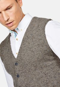 Colours & Sons - TANNER - Waistcoat - beige - 2