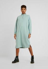 Monki - ELENA DRESS - Kjole - green - 0
