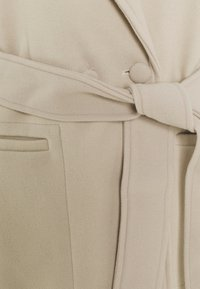 Fashion Union Tall - DELPHINE - Classic coat - cream - 2