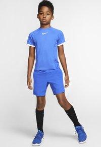 Nike Performance - DRY - Printtipaita - game royal/game royal/white/white - 1