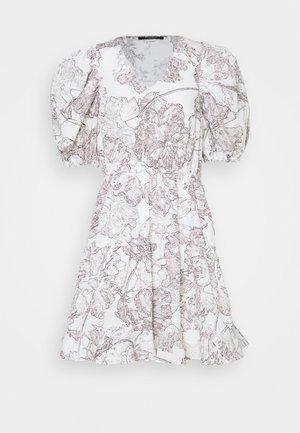 POSY OLIVINE DRESS - Day dress - snow white