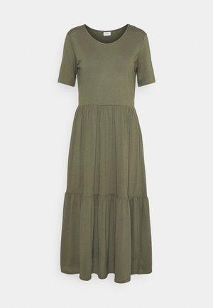 JDYDALILA FROSTY - Žerzejové šaty - kalamata