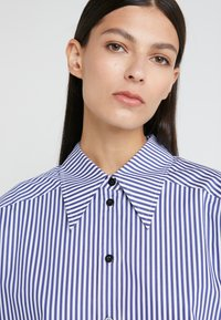 Rika - ALEX  - Button-down blouse - blue/white - 5