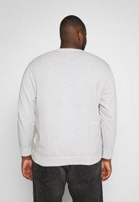 TOM TAILOR MEN PLUS - Sweatshirt - silver grey - 2