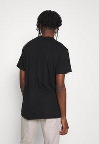 Religion - BUTTERFLY TEE - T-shirt imprimé - black/white - 2
