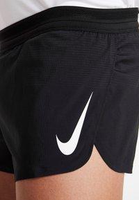 Nike Performance - AEROSWIFT SHORT - Träningsshorts - black/white - 4