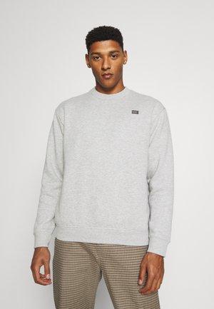 NEW BEGINNINGS CREW - Sweatshirt - grey