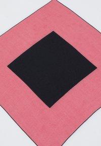 Calvin Klein - SCARF - Foulard - pink - 2