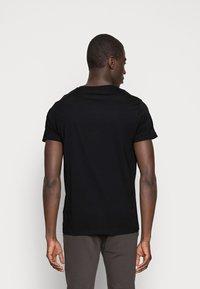 GANT - SHIELD - T-shirt med print - black - 2