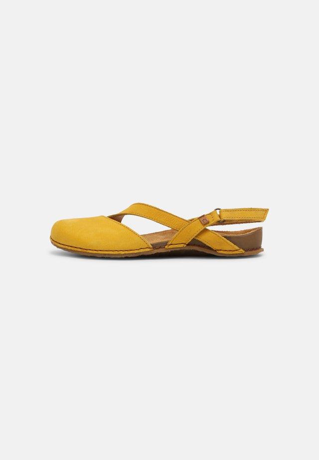 PANGLAO - Ballerinat - curry