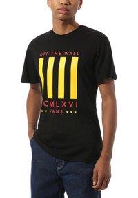 Vans - MN VICTORY - Print T-shirt - black - 1