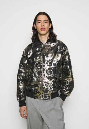 BROCCATO LOGO BAROQUE  - Bomber bunda - black
