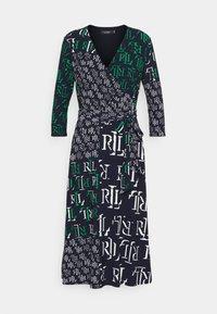 PRINTED MATTE DRESS - Žerzejové šaty - navy