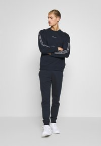 Champion - CUFF PANTS - Pantaloni sportivi - dark blue - 1