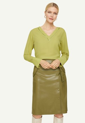 Tunic - spring green