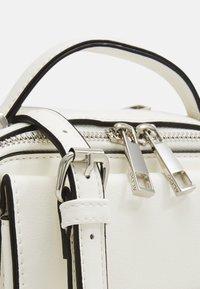 ALDO - ELLANE - Handbag - bright white/silver - 3