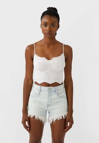 Stradivarius - Denim shorts - blue - 0