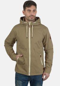 Blend - BOBBY - Light jacket - safari brown - 0