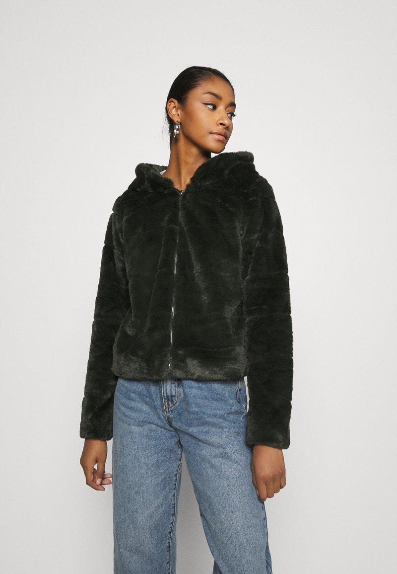 ONLY - ONLCHRIS HOODED JACKET - Winter jacket - rosin