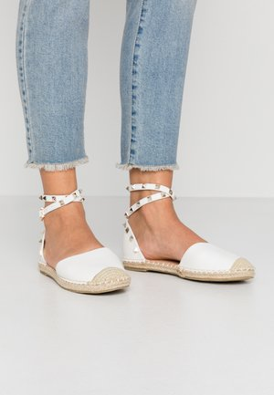 WIDE FIT CASPER - Espadrilles - white tumbled