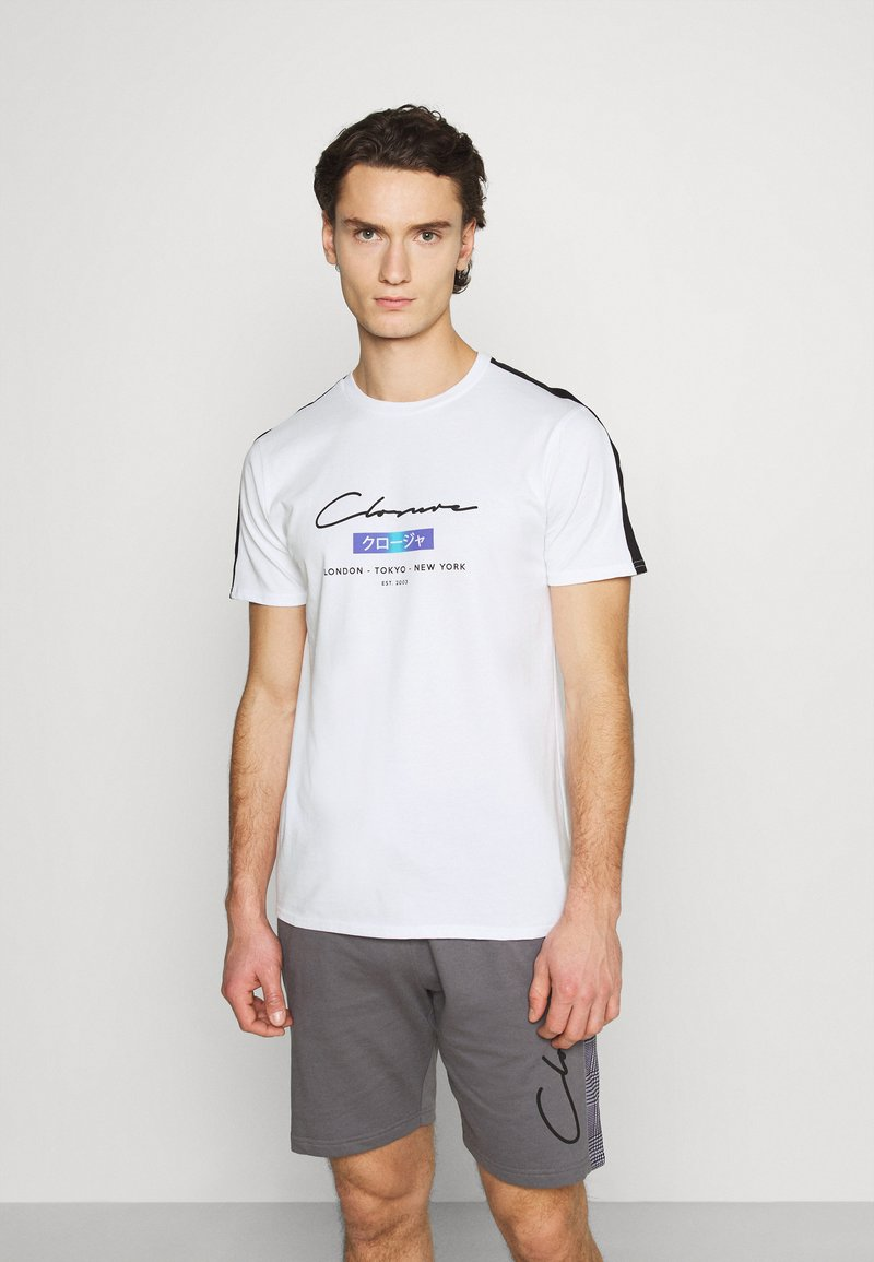 CLOSURE London - SCRIPT CITY TEE - Print T-shirt - white
