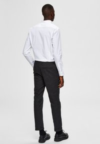 Selected Homme - SLIM FIT - Camicia - bright white - 2